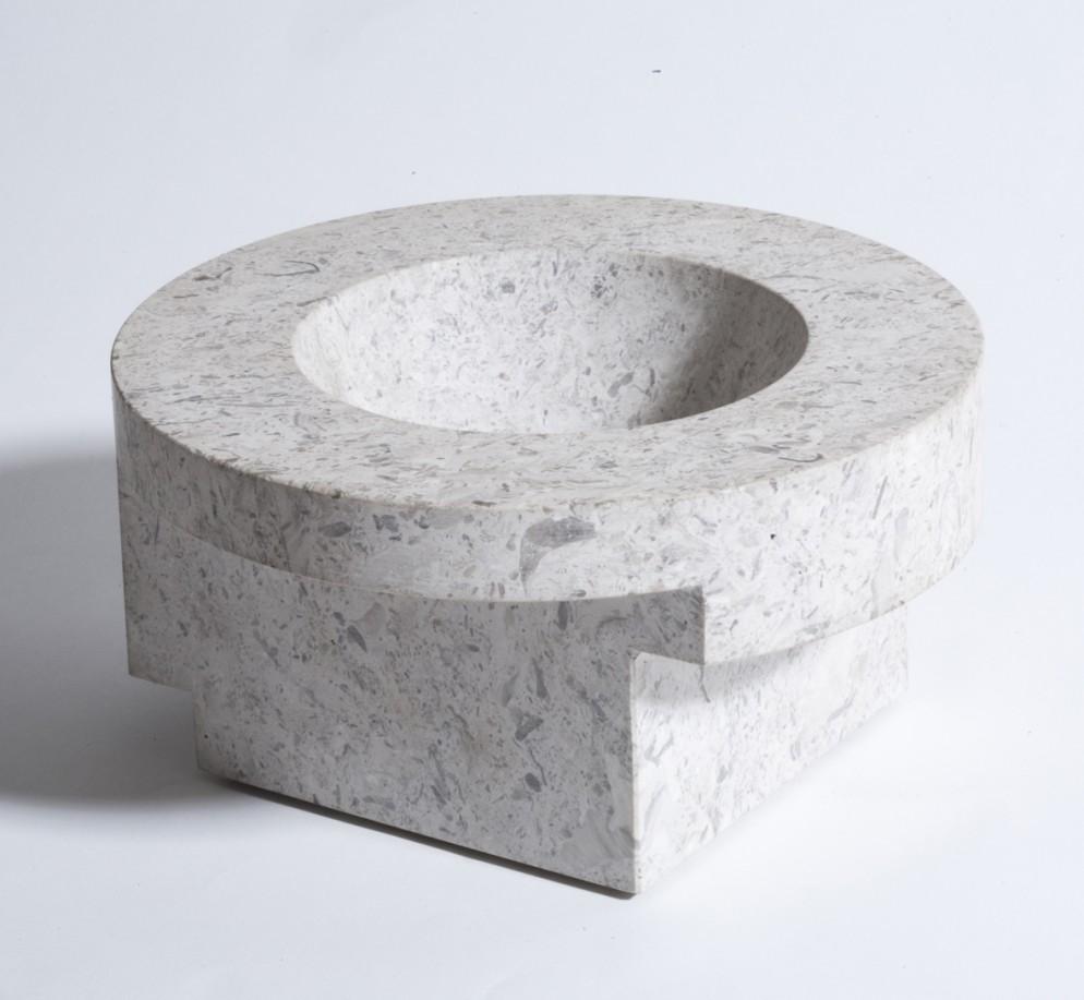 Vaso di marmo, produzione Danese