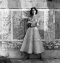 Sorelle Fontana eté 1953 avec Ivy à Ostia Antica