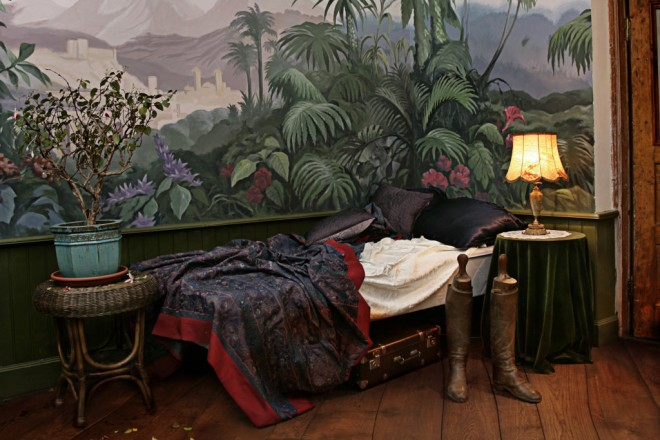 Mansions_bedroom_oak_rustic_1 (FILEminimizer)