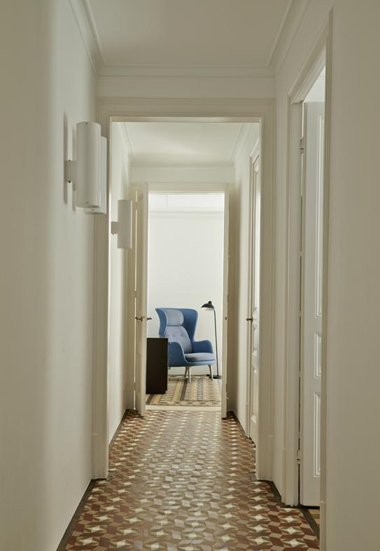 20 idee per arredare un corridoio foto 1 livingcorriere for Idee per arredare un ufficio