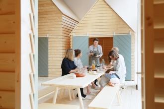 50 mq con cucina e camera da letto a vista living corriere for Arredare milano indipendenza