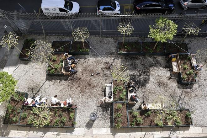 Finest paesaggista marco bay ha disegnato lo spazio for Giardino 2 schio orari