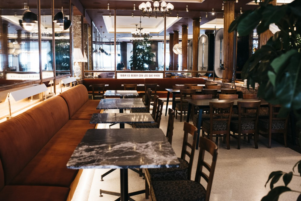 Cafe-Comercial-madrid-livingcorriere_01