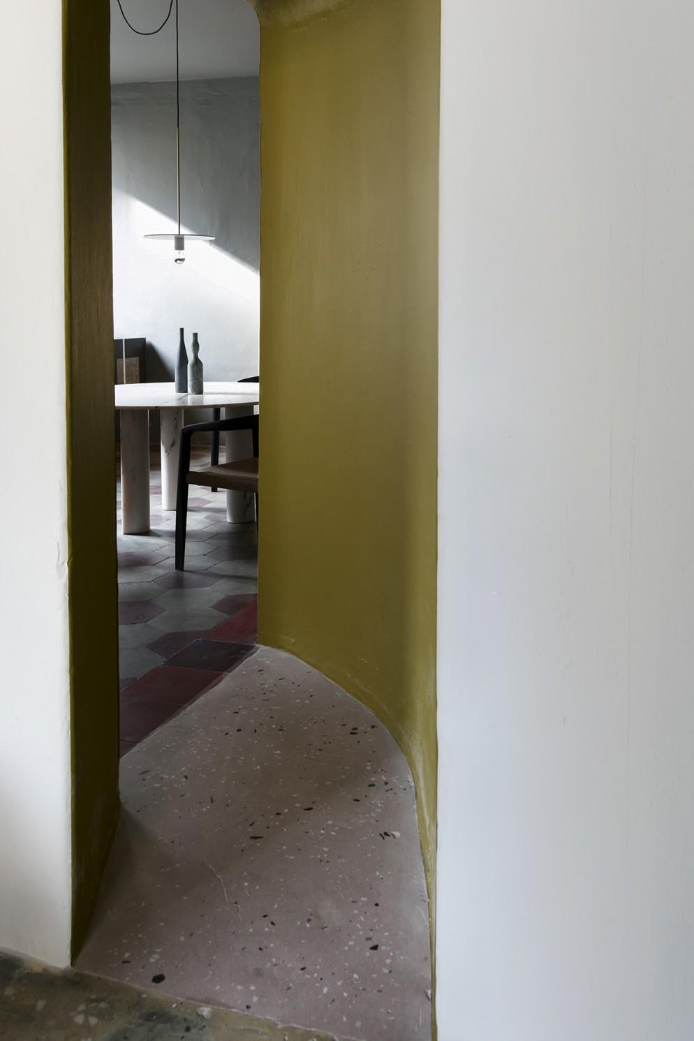 casa-salvatori-brera-milano-living-corriere-05