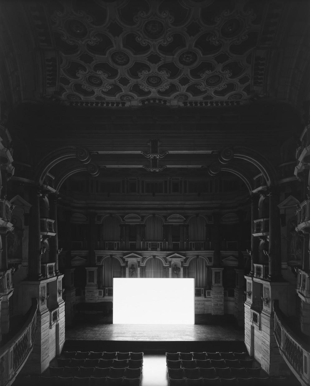 34.005_Teatro Scientifico del Bibiena, Mantova, 2015, I Vitelloni (Screen side)
