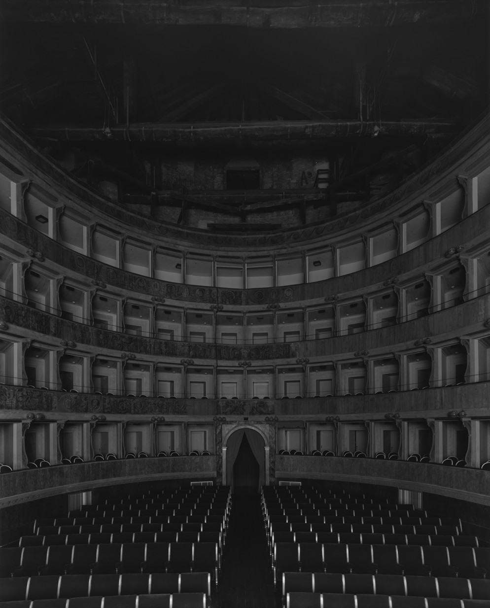 34.019_Teatro Sociale_Bergamo, 2015, L'Aventura (Seating side)
