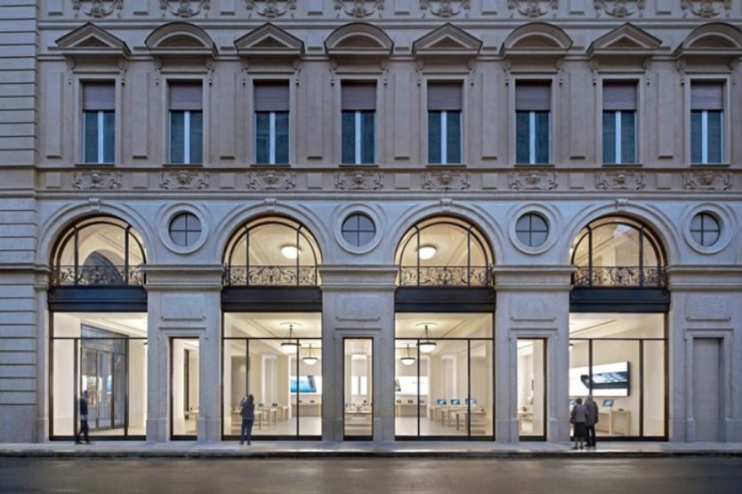 Apple-Store-Torino-via-Roma