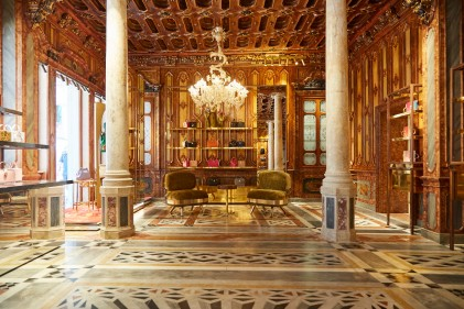 Dolce&Gabbana_Boutique Venezia_Calle Larga XXII Marzo (9)