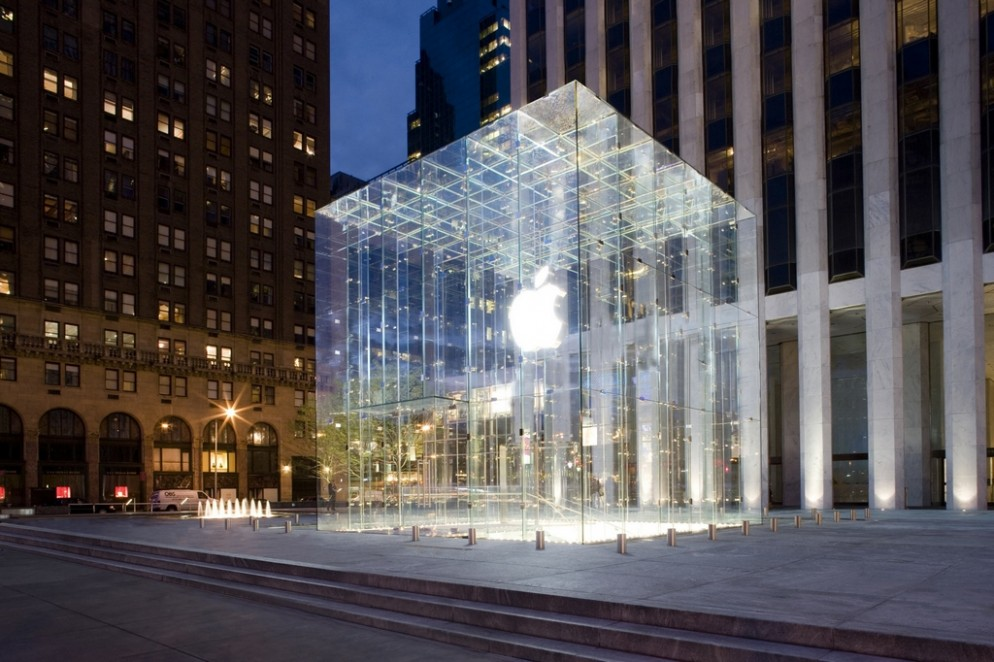 nyc-apple-store-livingcorriere
