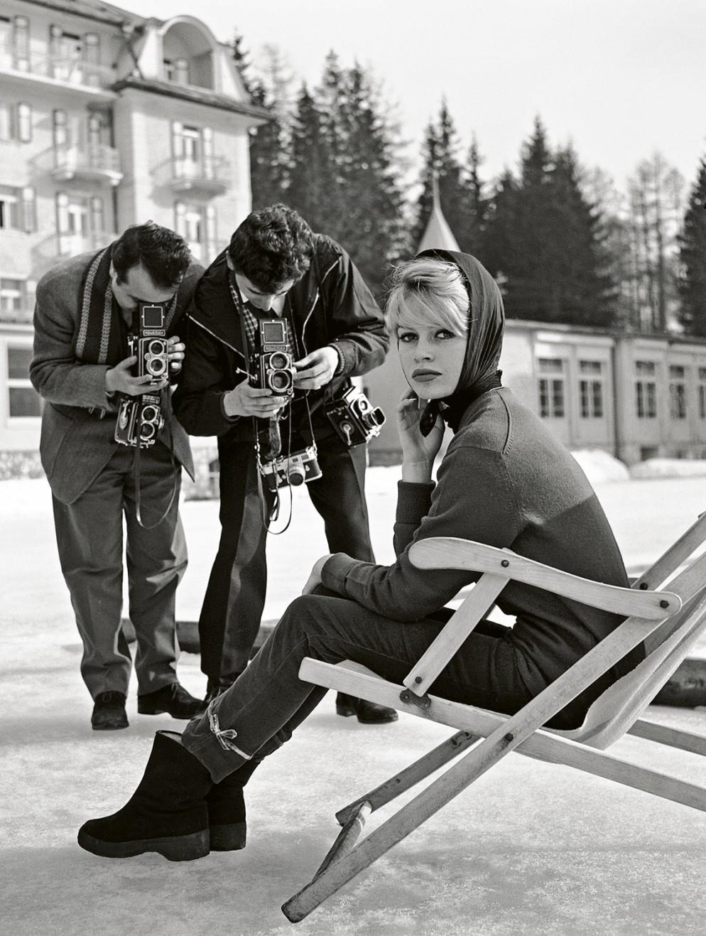 1959-Brigitte-Bardot-a-Cortina