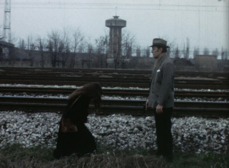 5_Mauro-Mingardi,-I-morti-di-via-Cirene,-Super8,-1975