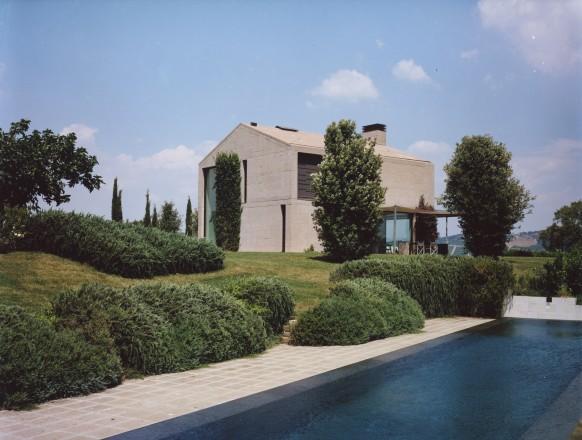La casa estiva di piero lissoni in maremma foto living for Corriere casa
