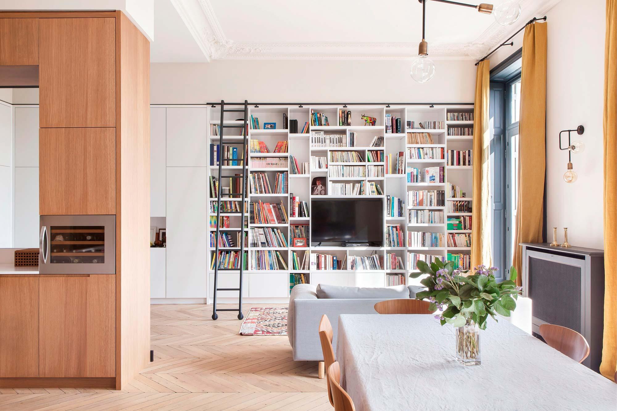 Parete Attrezzata Soggiorno Per La Casa.20 Idee Per Scegliere Una Libreria A Parete Livingcorriere