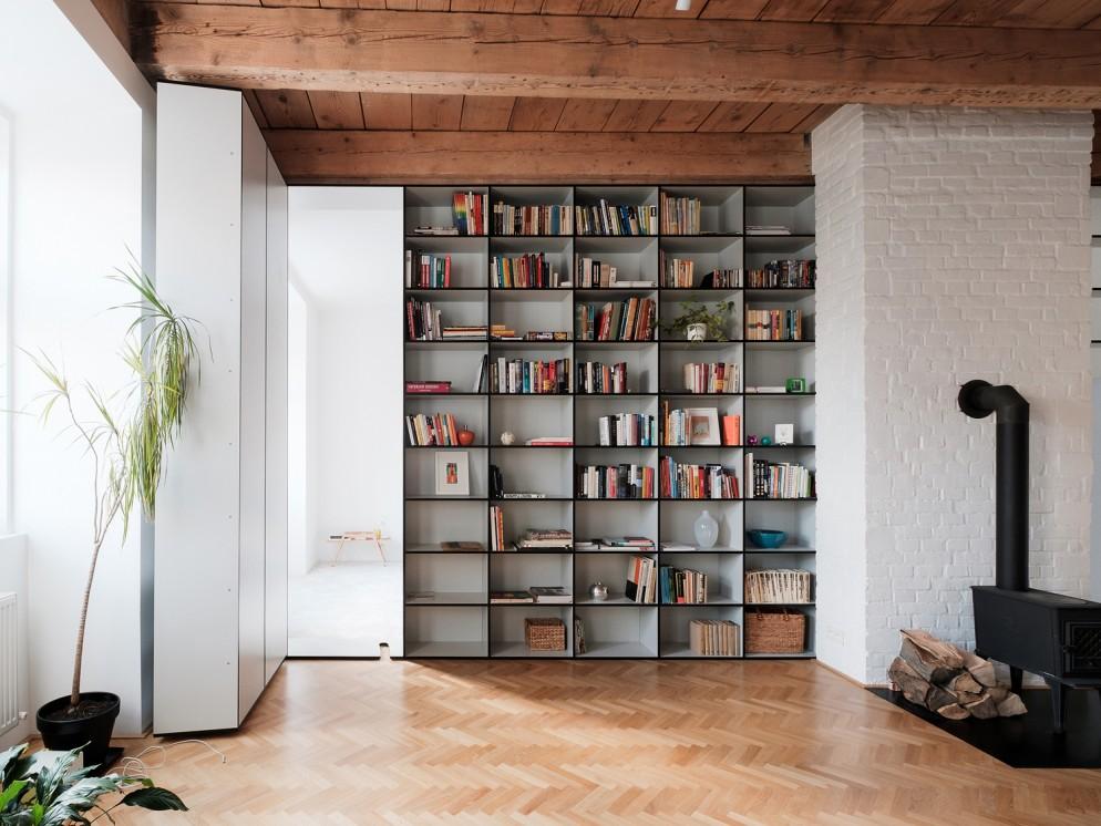 Libreria a parete foto livingcorriere