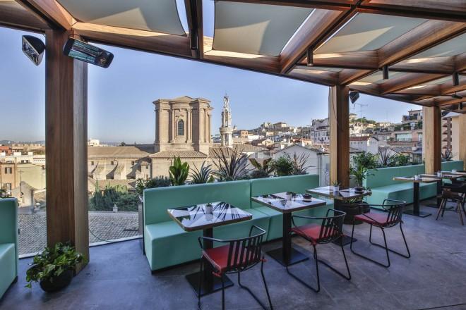 La Rinascente a Roma: 8 piani con terrazzo e sito archeologico ...