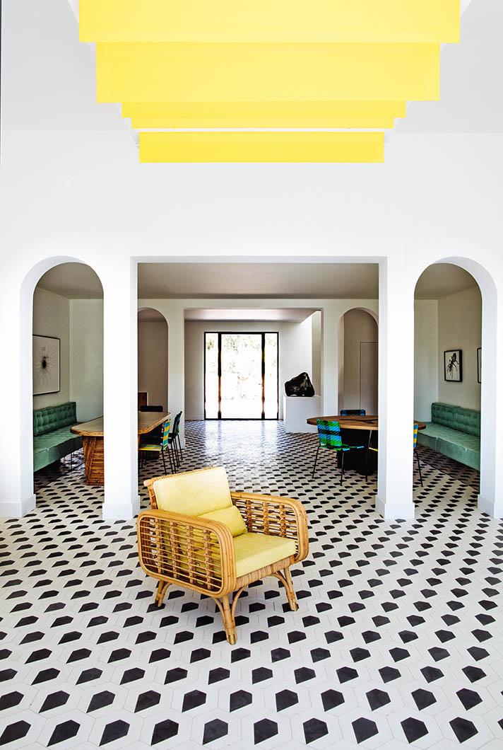 silver-house-mahdavi-livingcorriere-05