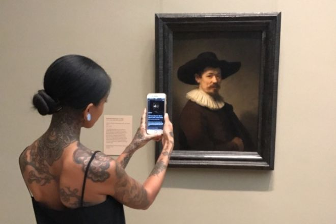 2. Visitor scanning Rembrandt's portrait of Herman Doomer (c.1595) with Open Access at The Met, NYC, 2017 © Smartify
