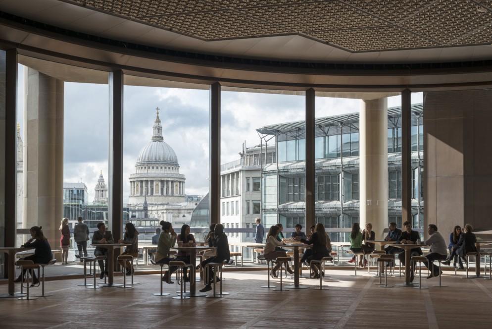 Bloomberg_Londra_Interior_12_Pantry-living-corriere