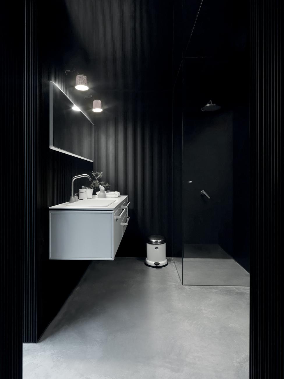 45 Vipp701-Shelter-Bathroom-Living01-High