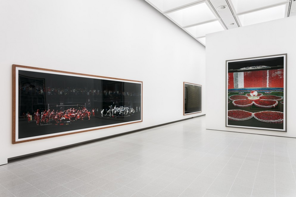 07_Installation images _ Andreas Gursky at Hayward Gallery 25 January - 22 April 2018 _ credit Mark Blower(8)
