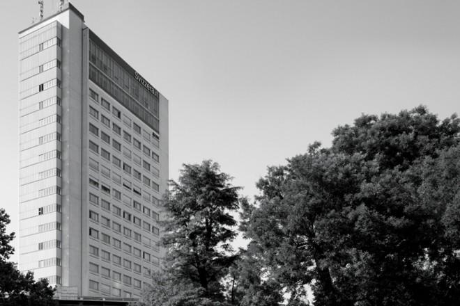 1-Centro Svizzero-Armin Meili