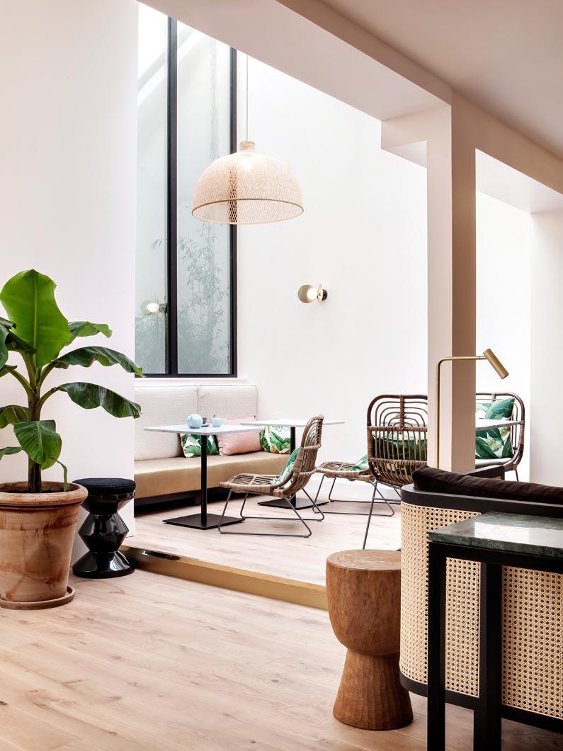 doisy-etoile-hotel-paris-palazzo-reale-living-corriere-03