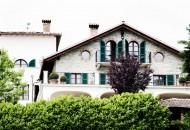 villa-la-madonna-bolon-living-correre-esterno
