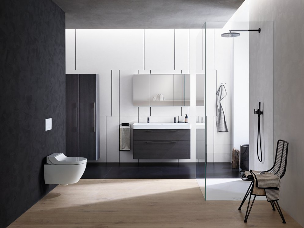 web- APRE-2018 Bathroom 06 C Smyle Series AquaClean Tuma Classic_preview