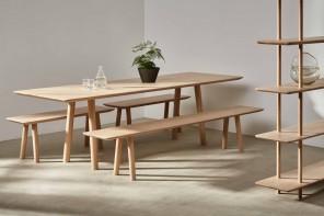 Foster+Partners lancia una nuova linea di arredi in legno