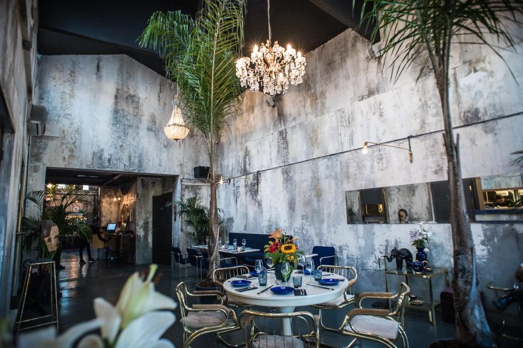 Cenare tra giappone e per al ristorante coropuna a roma for Arredamento interni roma