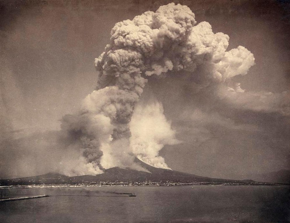 giorgio-sommer-mount-vesuvius-1872-olbricht-collection-photo-galerie-bassenge-berlin