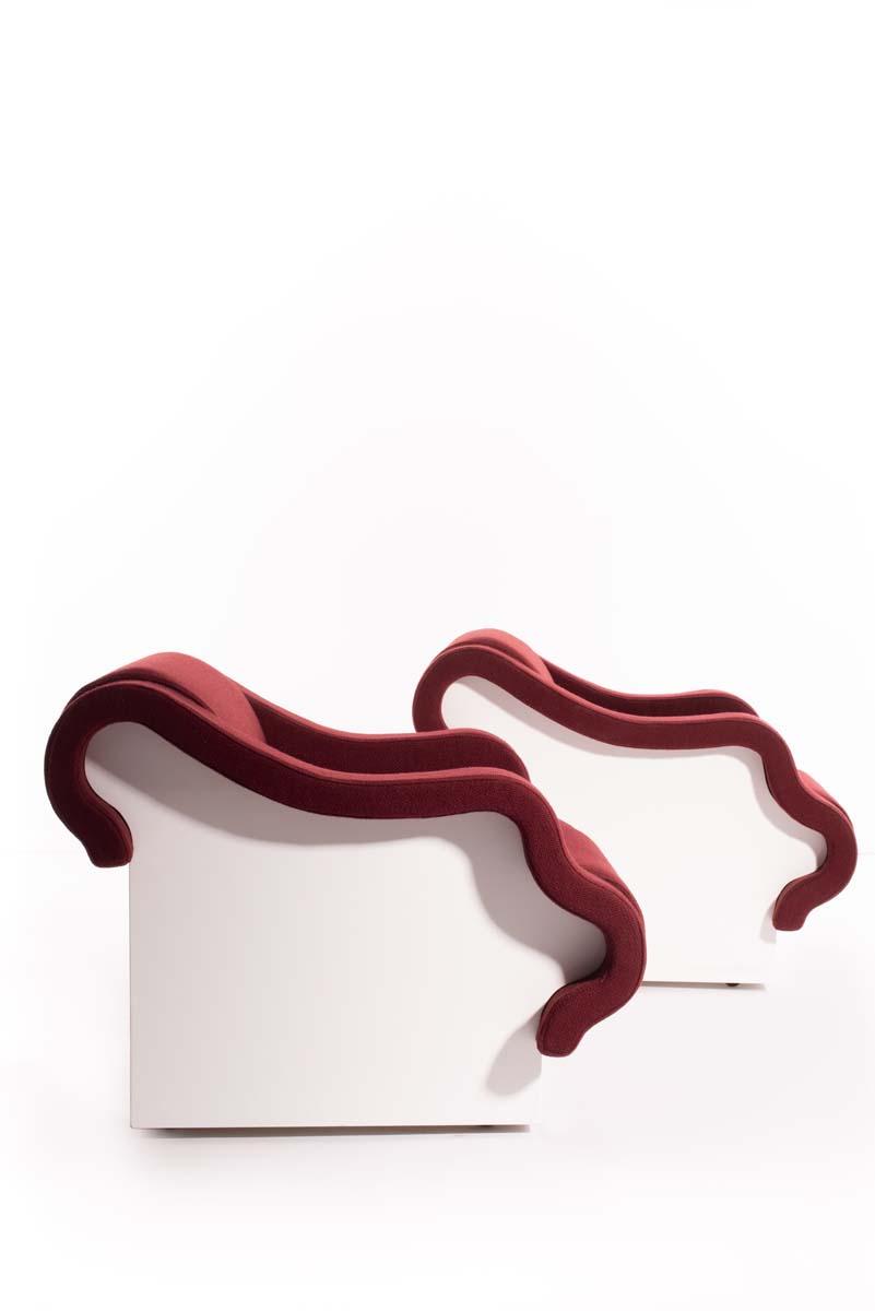 06_Ettore Sottsass, parie de fauteuil Poupouf, circa 1970, édition Poltronova - © Artcurial