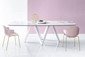 Materiali al top per tavoli