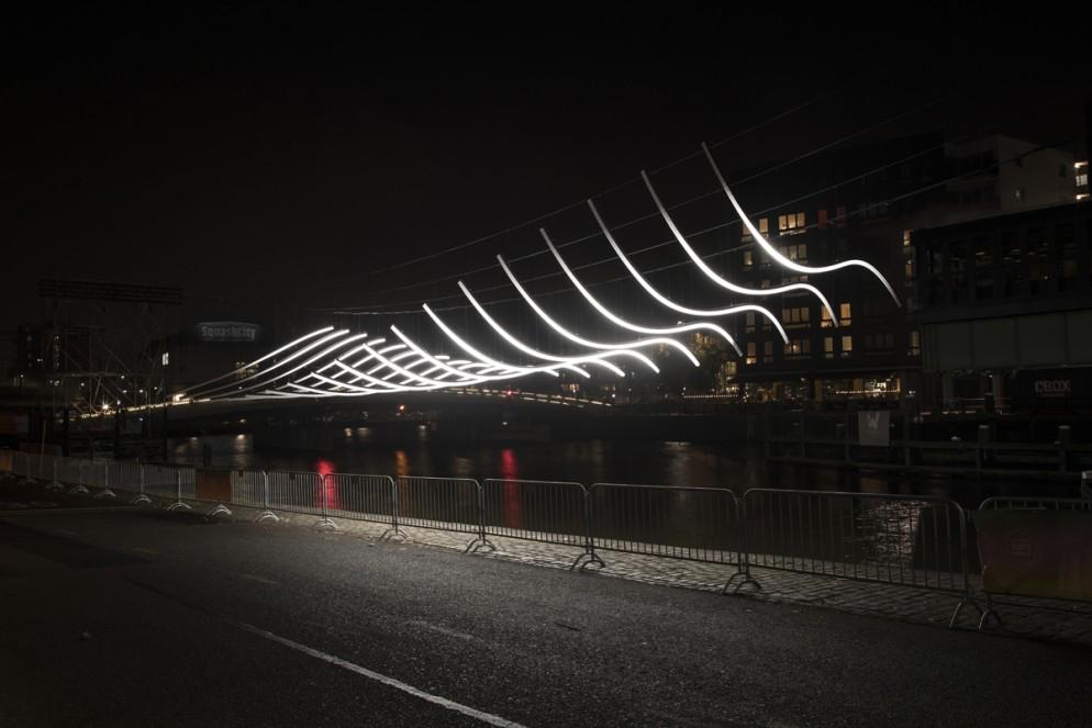 Low Res For Internet - Artist Serge Schoemaker - Transmission - Amsterdam Light Festival 2018 - Photo Copyright Janus van den Eijnden