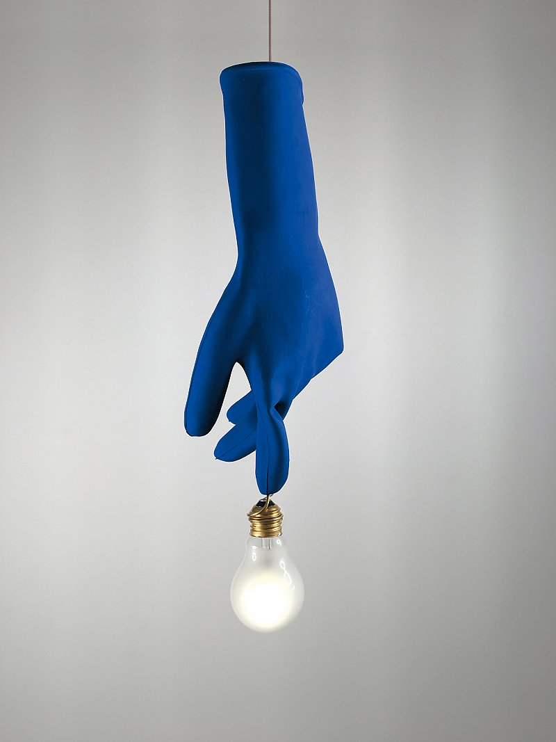regali-natale-2018-lampada-blue-luzy-ingo-maurer