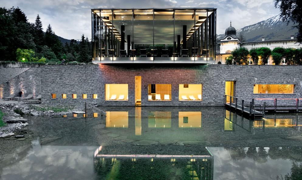 waldhaus-flims_naturschwimmteich_web