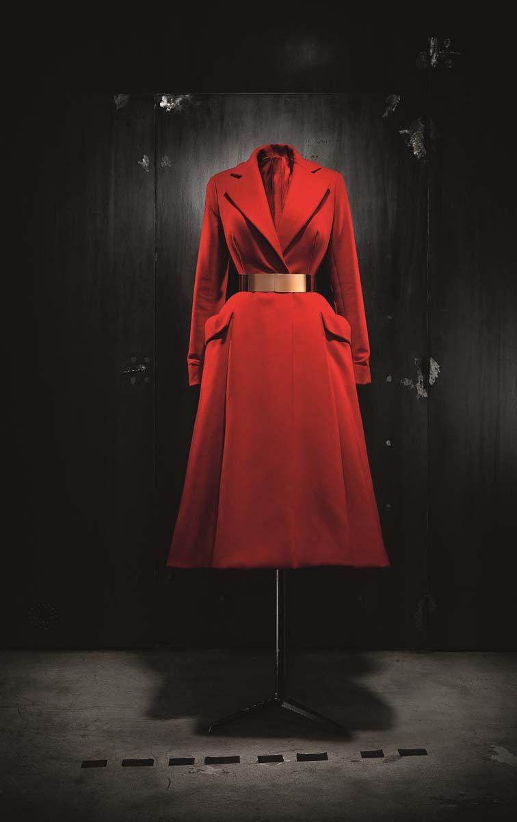 Christian Dior by Raf Simons (b.1968), Coat, Haute Couture, AutumnWinter 2012. Photo (c) Laziz Hamani. Dior Héritage collection, Paris