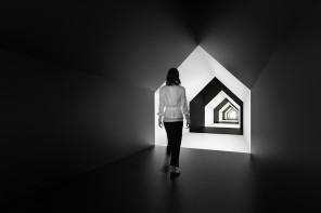 Le illusioni di Escher nella casa di Nendo