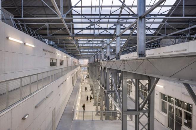 saint-nazaire-school-fine-arts-architecture-education-france-nantes_dezeen_2364_col_8-852x568