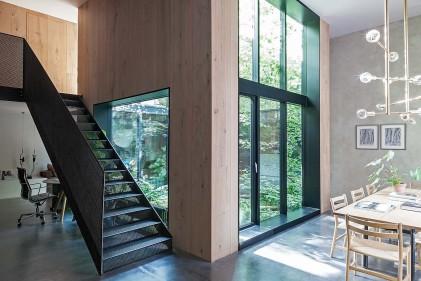 Arredamento d 39 interni le ispirazioni dalle case di design for Siti design interni