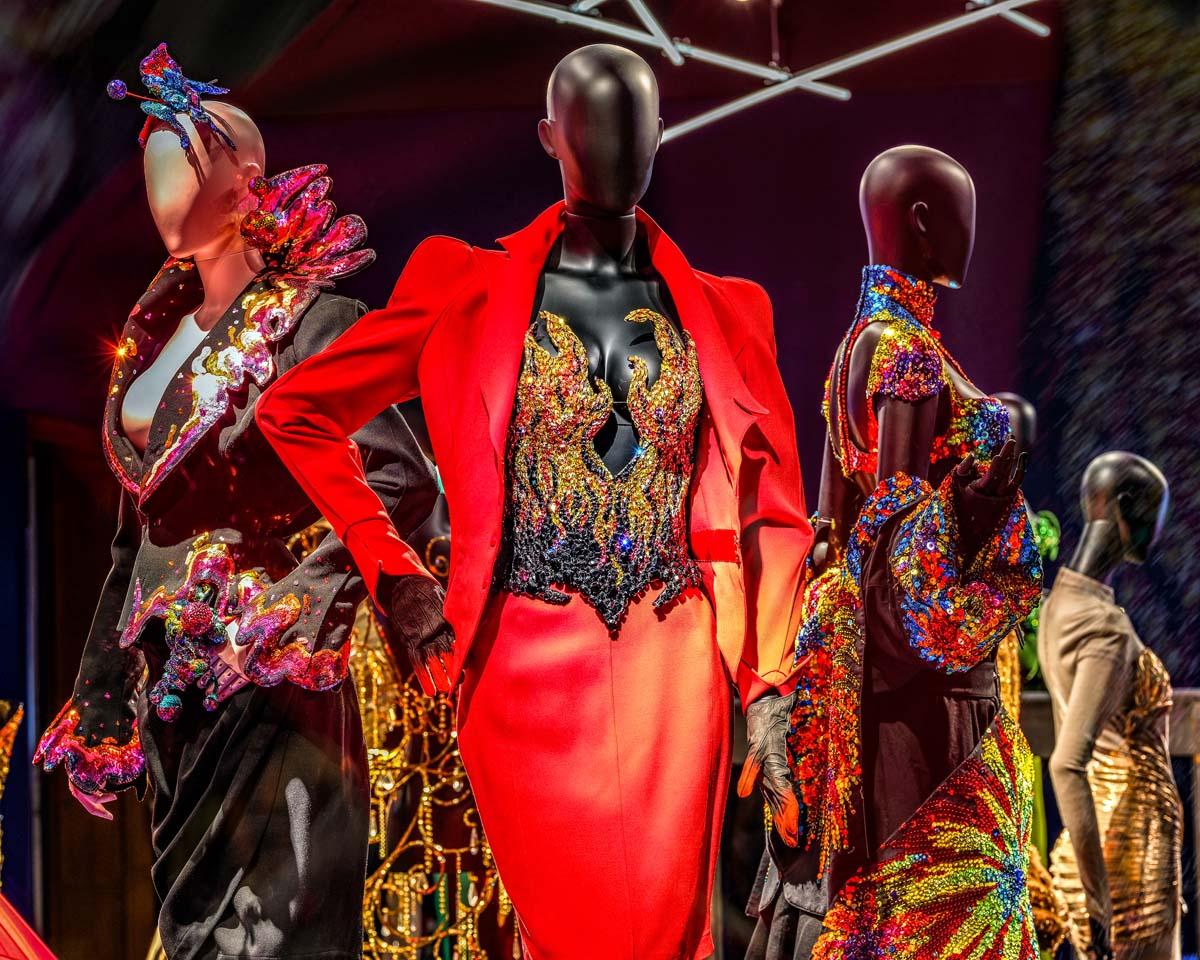 Thierry Mugler: la moda portata al limite - Foto