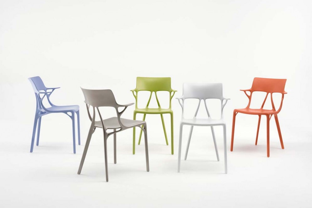 A_I_BY_PHILIPPE_STARCK_1-(2)