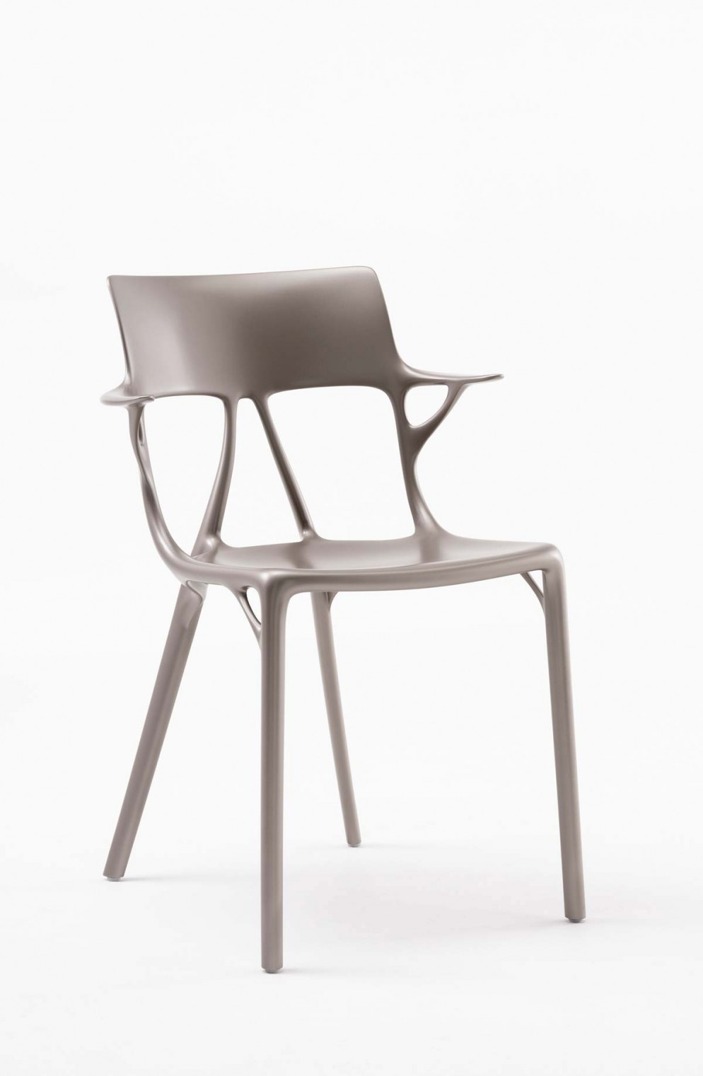 A_I_BY_PHILIPPE_STARCK_1-(5)