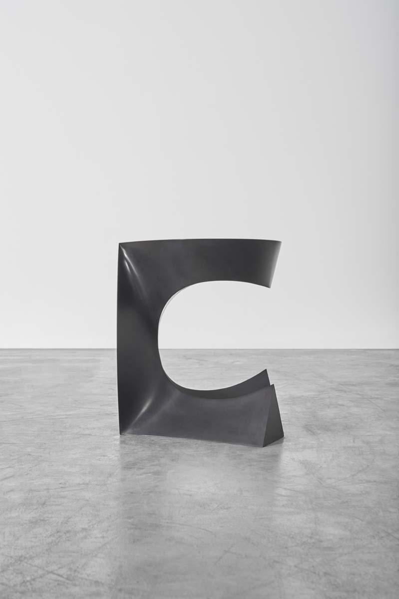 BAKKER_Sitting Table (Stone)_01