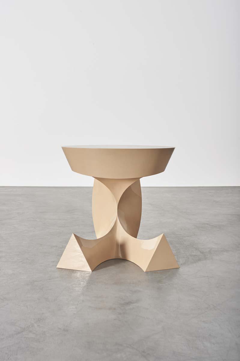 BAKKER_Sitting Table (Urushi)_01