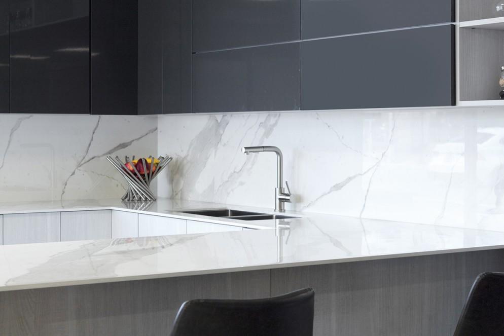 Kitchen Bianco Statuario Venato Lucidato 1620x3240x12mm_1