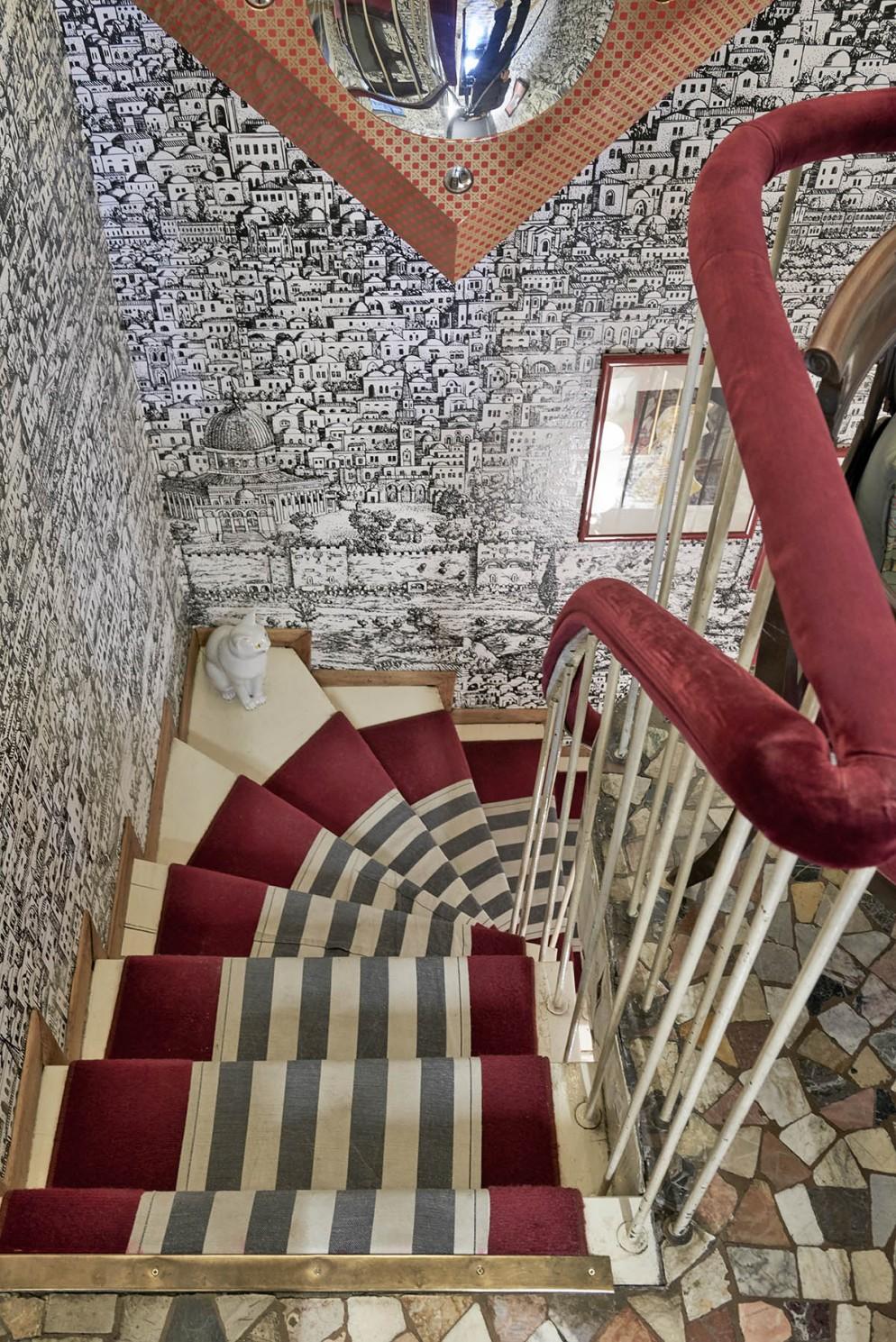 Carta Da Parati Fornasetti Mediterranea tutte le foto della casa di barnaba fornasetti a milano
