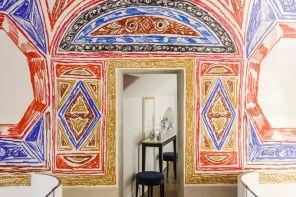 Bbar Baccarat, un caffè tra affreschi e cristalli