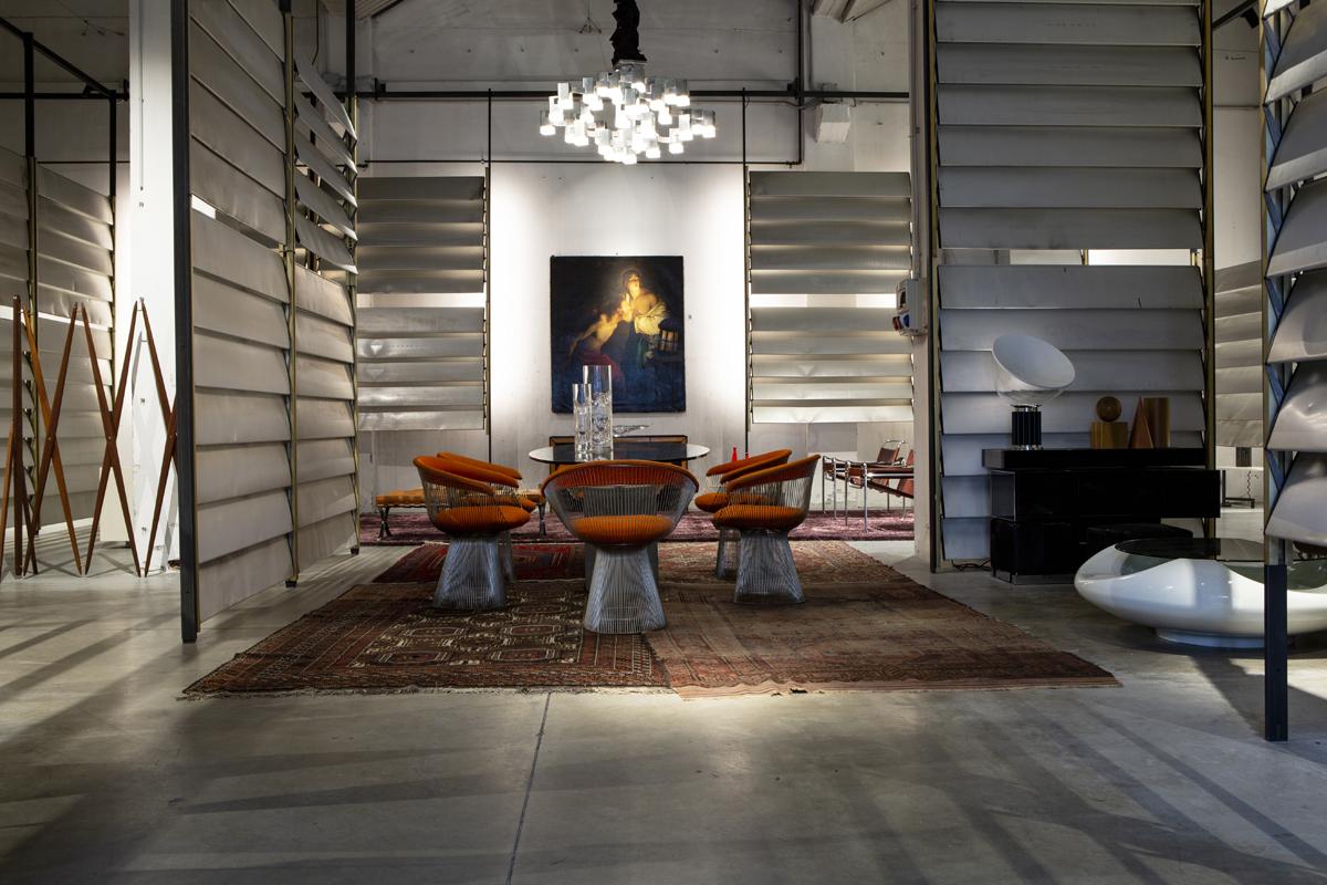 L'installazione Costruire Prouvé alla Galleria Bellucci – Foto