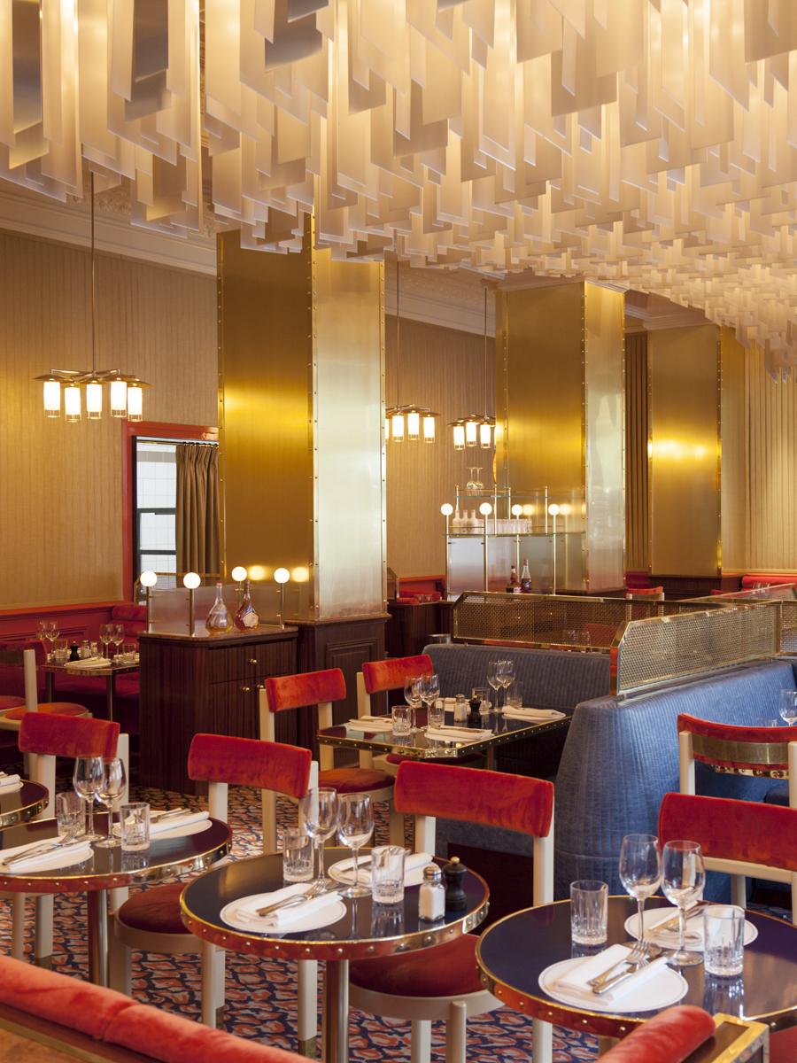 grand-cafe-capucines-paris-living-corriere-05